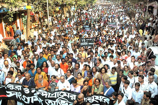 LET NOT THE HISTORIC NANDIGRAM MASS MOVEMENT BE MALIGNED