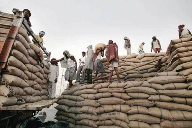 Government allocates 78,000 tons of rice from FCI to Distilleries at subsidized rates